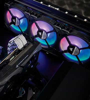Review of Corsair (CO-9050072-WW) 120 mm Dual Light Loop RGB LED PWM Fan (Pack of 3)