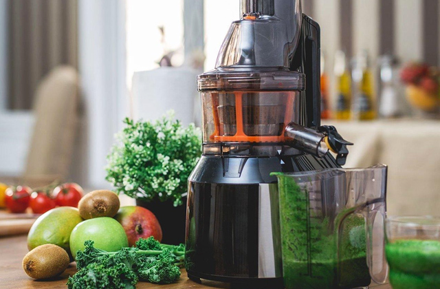 Best Masticating Juicers for Maximum Juice Extraction