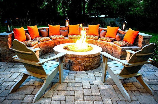 Best Fire Pits to Enhance Your Backyard