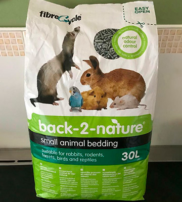 Review of Back 2 Nature 30 L Small Animal Bedding