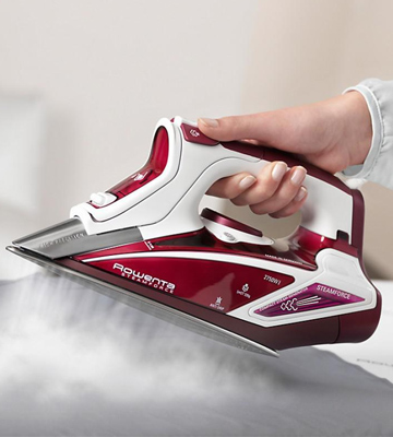 Review of Rowenta DW9230 Steam Force Steam Iron
