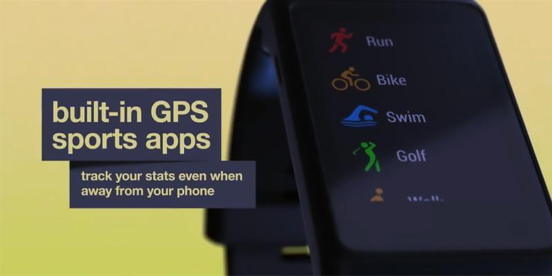 Garmin vivoactive HR GPS in the use