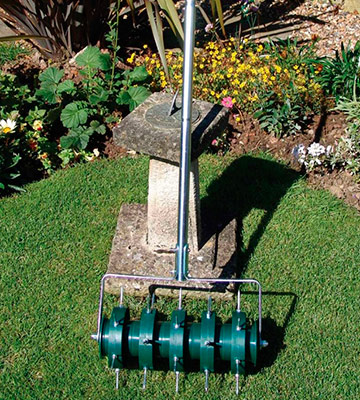 Review of Greenkey Garden and Home Rolling Lawn Aerator