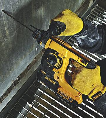 Review of DEWALT DCH253N-XJ Lithium-Ion SDS Plus Body Only Rotary Hammer Drill