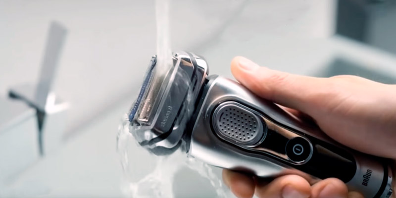 Review of Braun 9290cc Men's Electric Foil Shaver
