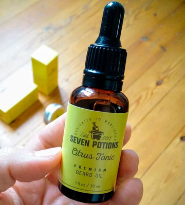 Review of SEVEN POTIONS Citrus Scented Beard Conditioning Oil
