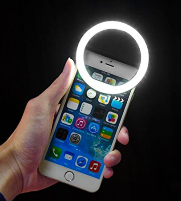 Review of eBoot 36 LED Ring Selfie Light for Smartphones