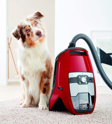 Review of Miele Blizzard CX1 Cat and Dog Powerline Bagless Vacuum Cleaner