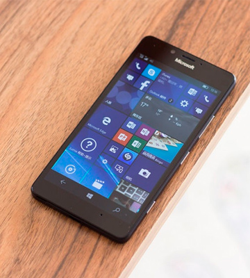 Review of Microsoft Lumia 950 SIM-Free Smartphone