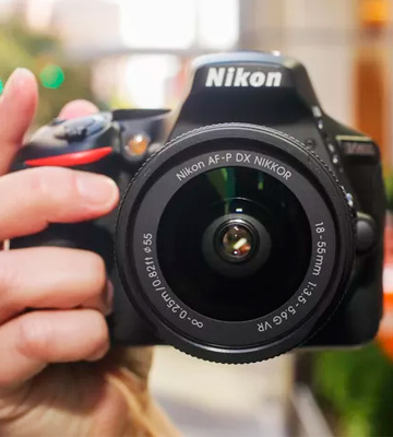 Review of Nikon D5600 + AF-P 18-55 VR DSLR Camera