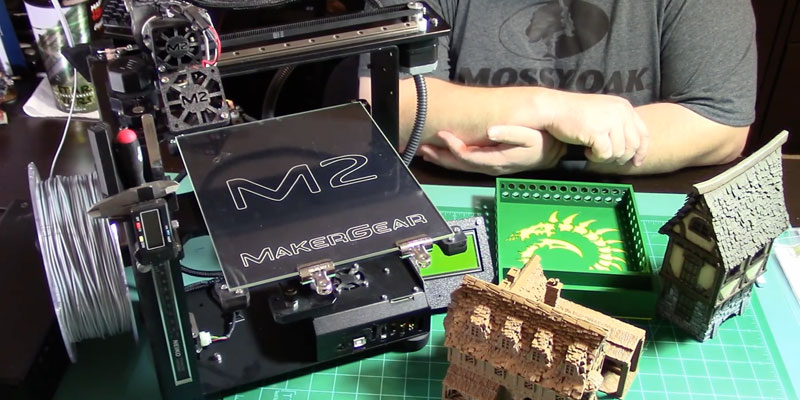 Detailed review of MakerGear M2 Desktop 4 point leveling 3D Printer