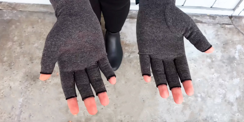 Review of Dr. Arthritis Doctor Developed Premium Compression Gloves