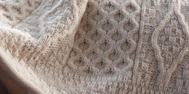 Review of The Wool Company Wool Knit Throw Blanket