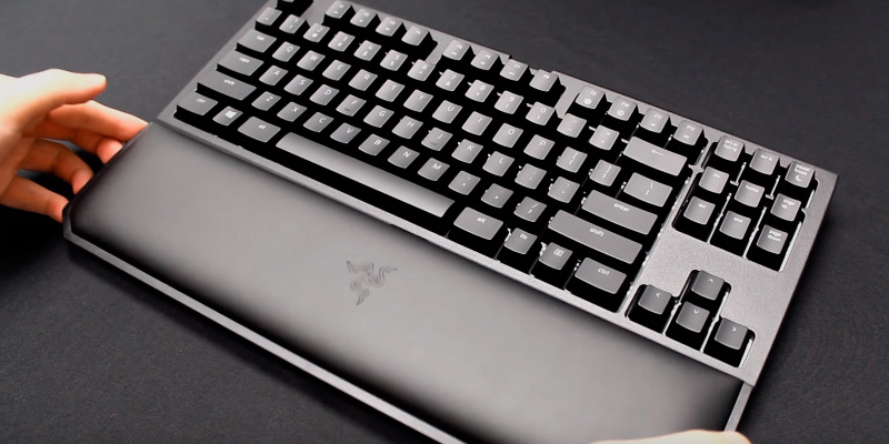 Review of Razer RZ03-02190700-R3M1 RGB Ergonomic Mechanical Gaming Keyboard