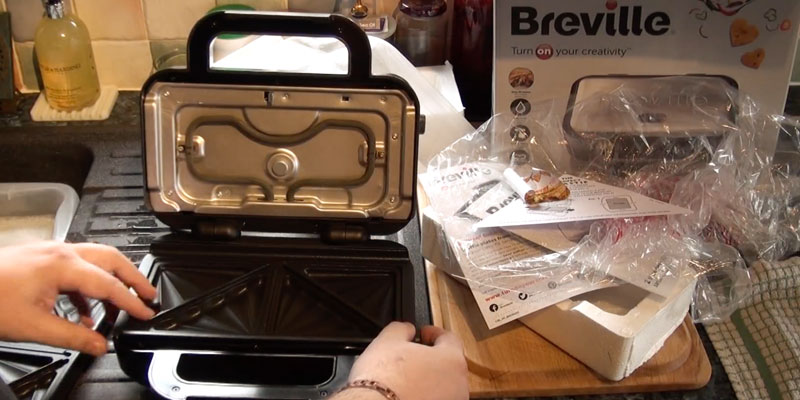 Detailed review of Breville VST041 Deep Fill Sandwich Toaster