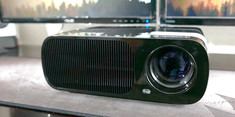 Review of LESHP BL20-Advanced 1080P HD Home Theater Projector