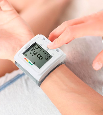 Review of Hylogy Wrist Blood Pressure Monitor Digital Automatic Measure Blood Pressure with Heart Rate Pulse Detection