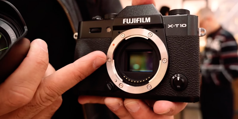 Review of Fujifilm X-T10 Compact System Camera