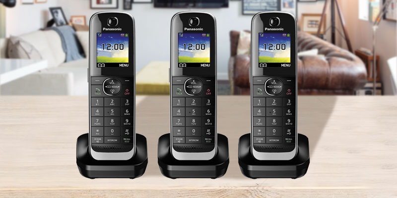 Panasonic KX-TGJ324EB Quad Handset Cordless Home Phone with Nuisance Call Blocker in the use