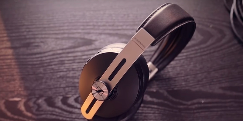 Review of Sennheiser MOMENTUM Wireless Noise Cancelling Headphones