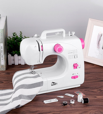 Review of Uten ST-508B Beginner Sewing Machine Mini Thread Basic Portable