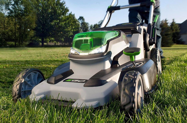 Comparison of Electric Lawn Mowers