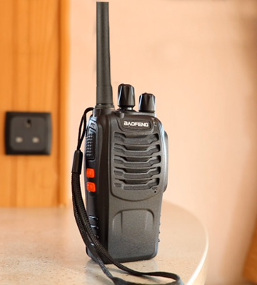 Review of BaoFeng BF-88E Rechargeable Long Range Walkie Talkies
