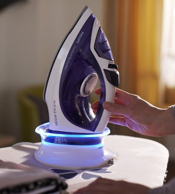Review of Philips GC2086/30 Cordless Steam Iron