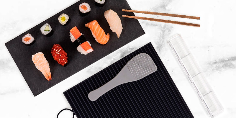 Blumtal Sushi Making Kit in the use