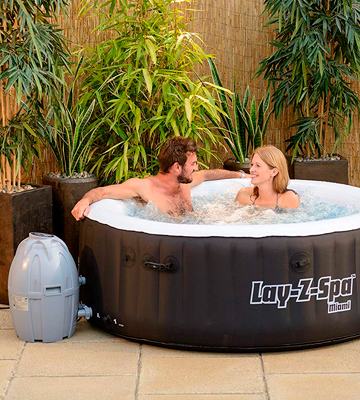 Review of Lay-Z-Spa 54123-BNNX16AB02 Miami Hot Tub