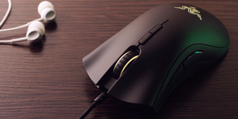 Review of Razer RZ01-02010100-R3 RGB Ergonomic Gaming Mouse