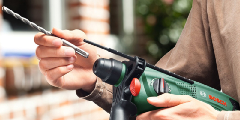 Detailed review of Bosch 6033A9370 Rotary Hammer Drill by Bosch