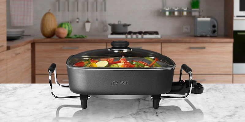 Review of Tower T14010 Electric Sauté Pan, Ceramic, 30 cm