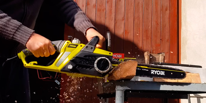 5 best electric chainsaws reviews of 2018 in the uk bestadvisers ryobi rcs2340 electric chainsaw in the use greentooth Image collections