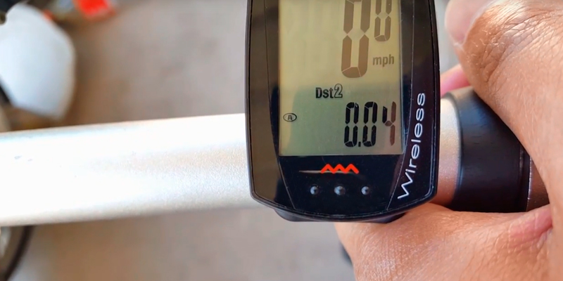 Review of CatEye CC-RD 300W Bike Computer Strada Wireless