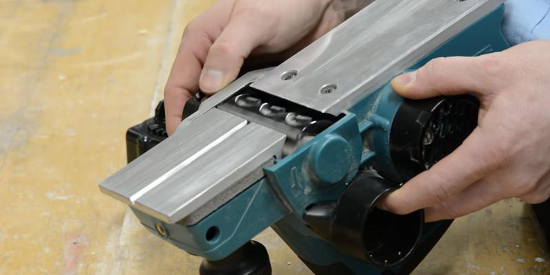 Detailed review of Makita DKP180Z Electric Cordless Hand Planer