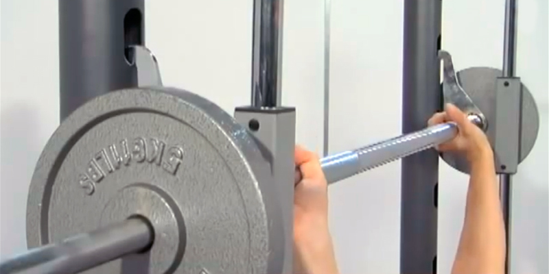 Marcy TSA-5762 Half Smith Machine and Weight Bench in the use
