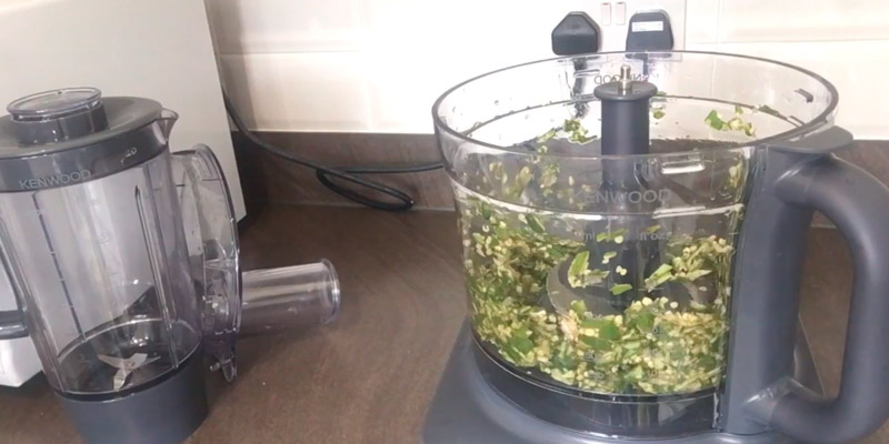 Kenwood FDM781BA Multi-Pro Classic Food Processor in the use