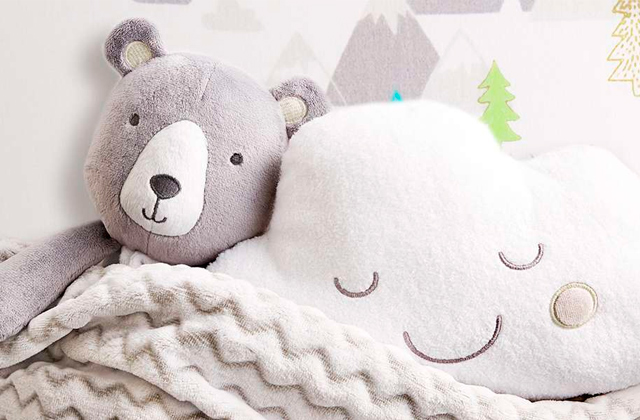 Best Pillow Pets for Your Baby to Cuddle With
