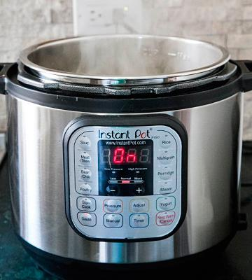 Review of Instant Pot IP-DUO50 7-in-1 Electric Pressure Cooker, 6 Litre