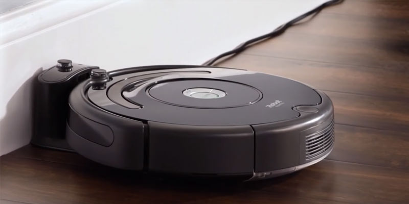 iRobot Roomba 671 Robot Vacuum Cleaner in the use