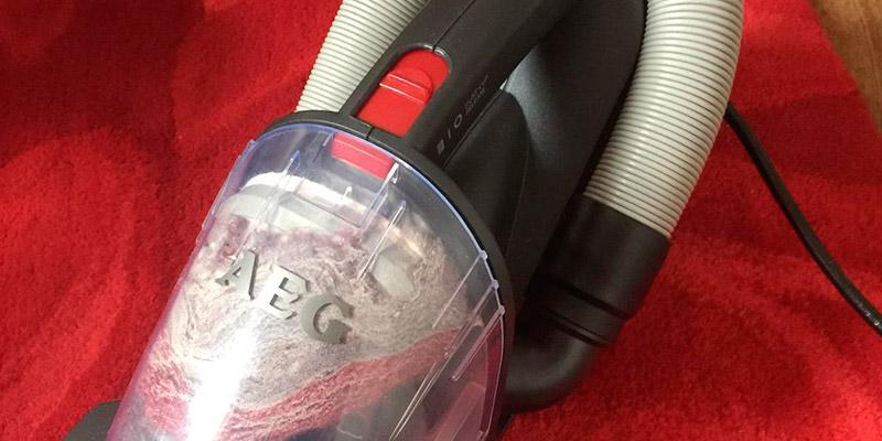 Review of AEG RapidClean Stair and Car Handheld Vacuum Cleaner