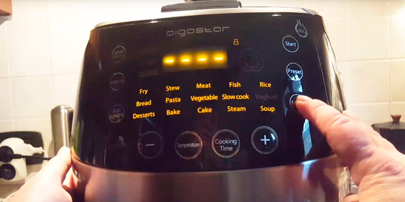 Aigostar Happy Chef 7-in-1 30KHF Electric Multi Cooker in the use