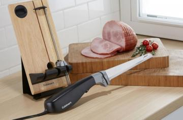 Best Electric Knives to Cut With Ease and Precision