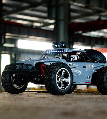 Review of TOZO C5031 Off Road 4x4 Remote Control Car
