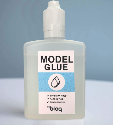 Review of The Bloq Model Glue Plastic Cement