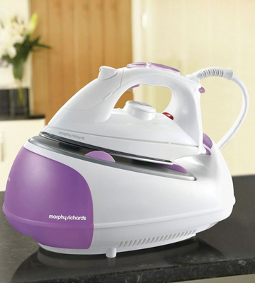Review of Morphy Richards 333020 Steam Generator Iron