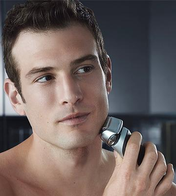 Review of Braun Series 7 790cc-4 Men's Electric Foil Shaver
