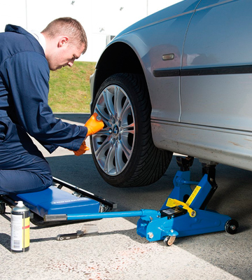 Review of Silverline 633935 2 Tonne Hydraulic Trolley Jack